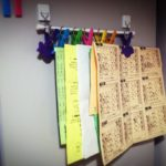 冷蔵庫の磁石落下を防ぐ!見た目スッキリ書類の整理術!