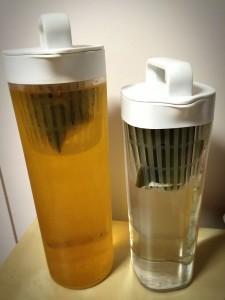 アクリル冷水筒